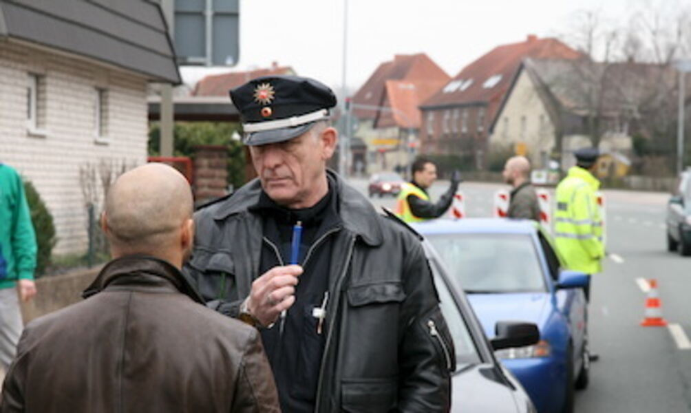 polizei jacke gelb