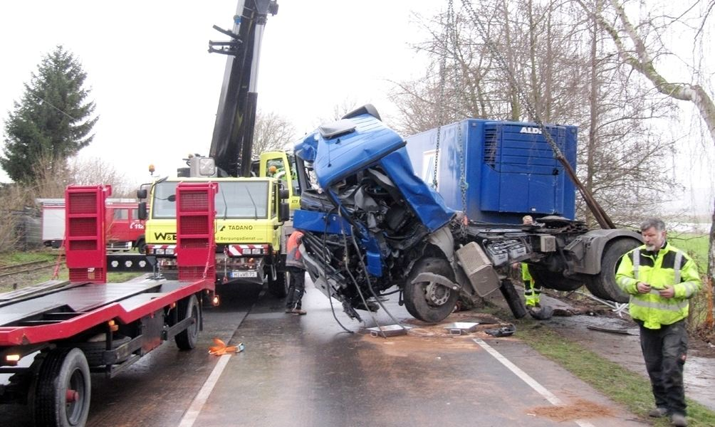 Windrad bis Hausboot: Andreas Schmidt beseitigt jeden Unfall